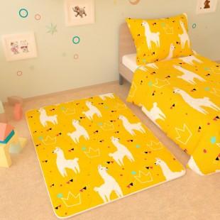"""Детский коврик """"Ламы на жёлтом фоне"""""""